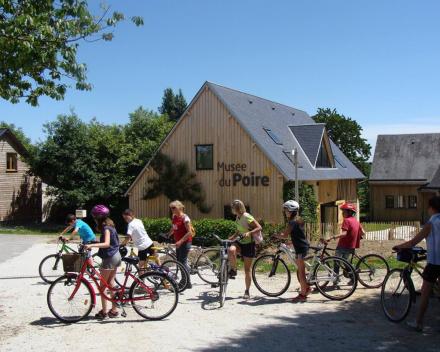 Musée du Poiré, een ideale activiteit tijdens je zorgvrije vakantie te Normandië